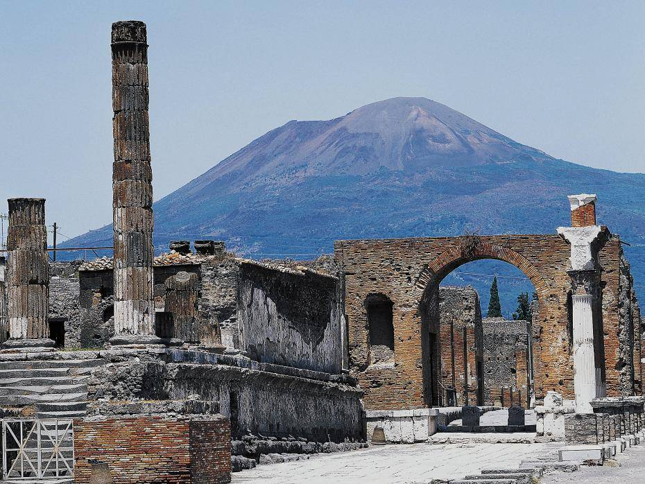 Pompeii, with Mt Vesuvius in the background